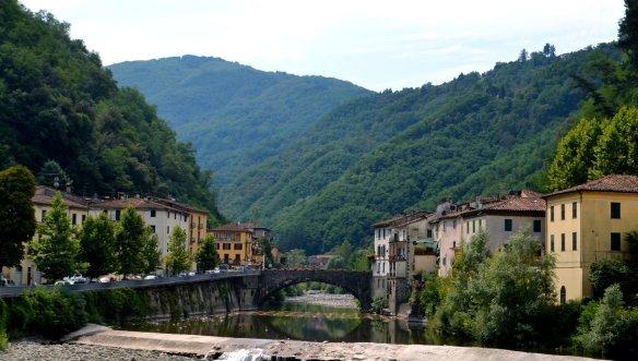 Ponte a Seraglio spans the River Lima in the Bagni di Lucca region